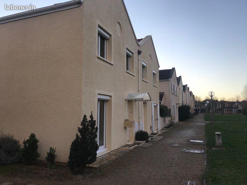 Maison Voisins-le-Bretonneux