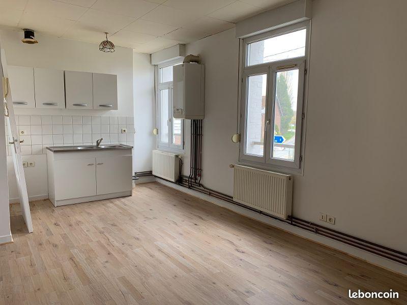 Appartement à Estrees Deniécourt