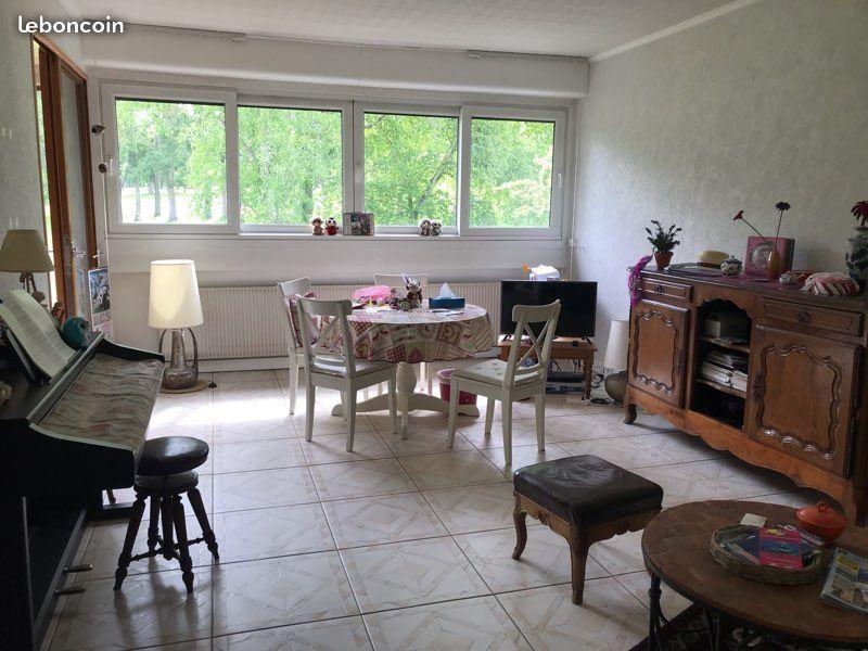 Appartement golf Coudray Montceaux