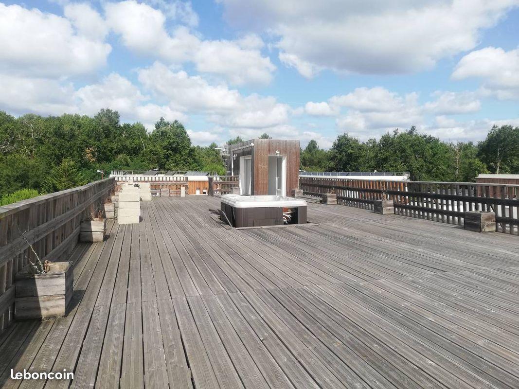 Appartement avec toit terrasse T4