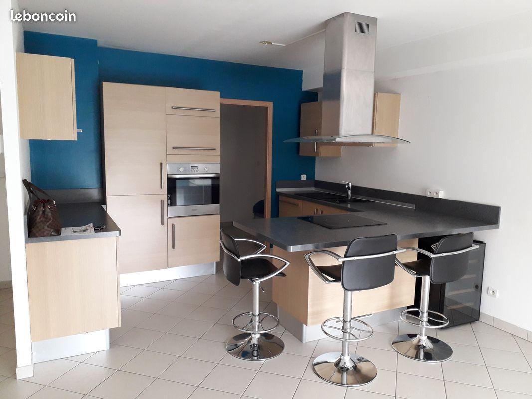 Bertrange bel appartement 3 pièces à proximité de A31-30