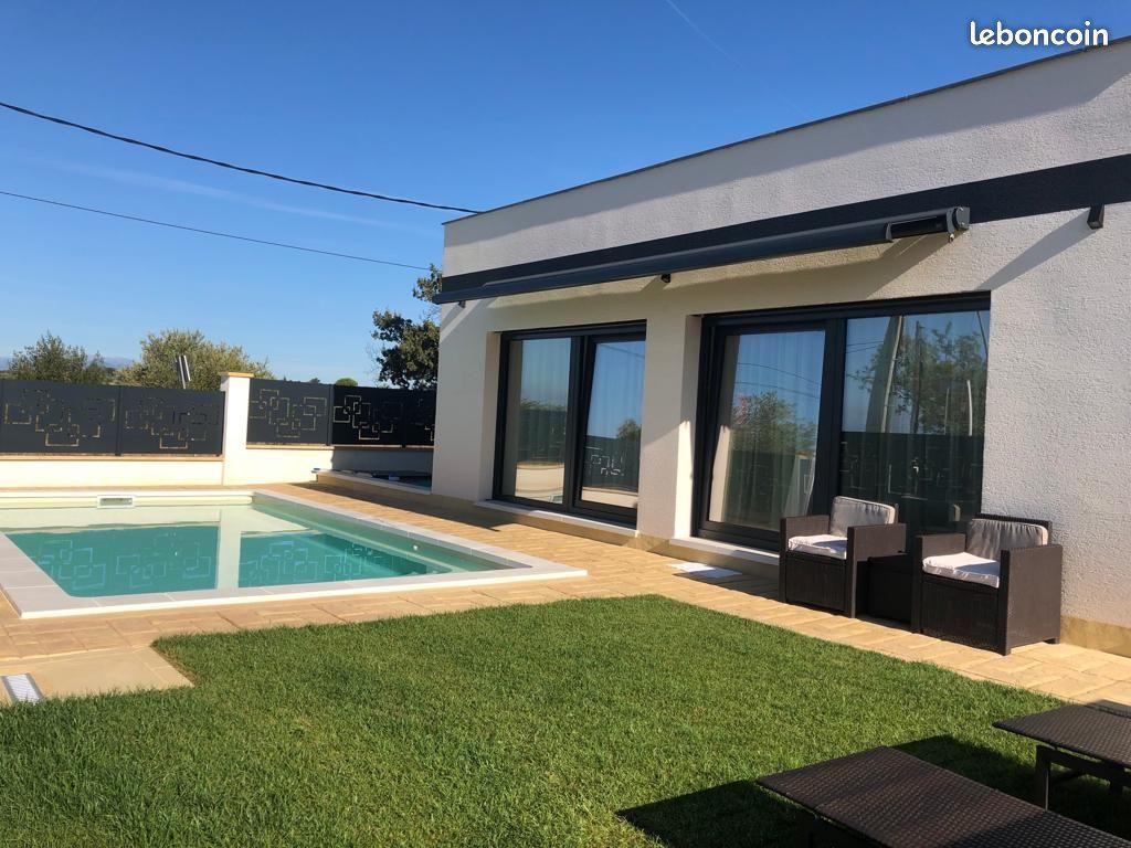 Maison neuve plein pied de 140 m2 avec piscine