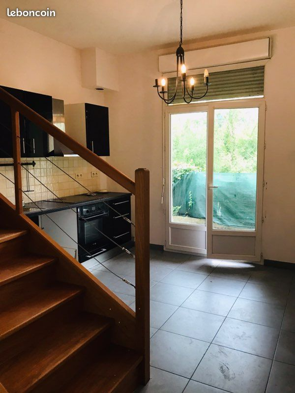 Joli appartement avec terrasse et extérieurs