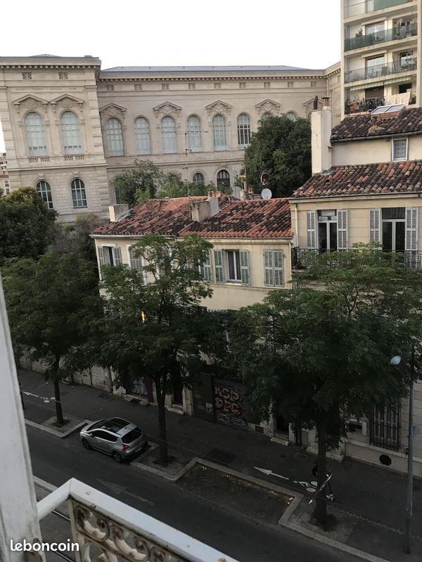 T4 9 fenêtres palais Longchamp