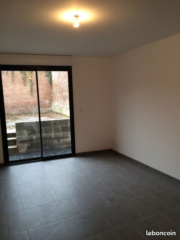 A louer Studio 30m²+courre TBEG Bray S/ Somme