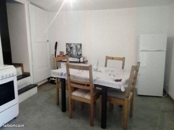 Apparemment 35 m2 à l'étage refait à neuf