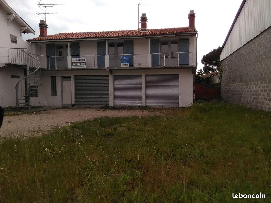 Appartement avec garage sur terrain de 350 m2
