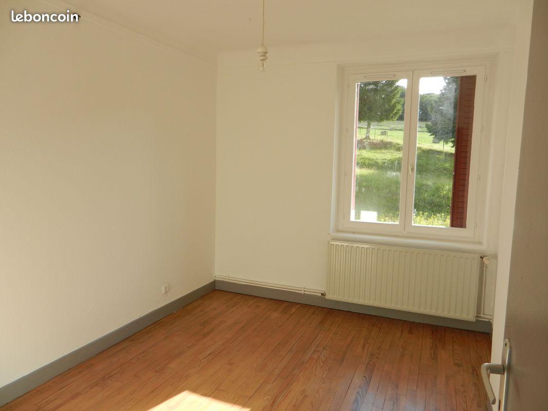 POURU-SAINT-REMY appartement f4 60 m2