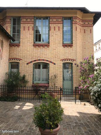 Vends maison 3 chambres, 130m² à Versailles Notre Dame