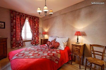 Location de meuble 3 pièces dans bel environnement calme et fleuri belle terrasse de 25 m2