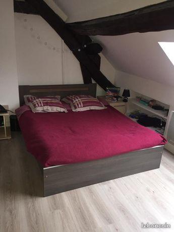 Appartement 2 pièces de 55 m2 dans une rue semi-piétonne