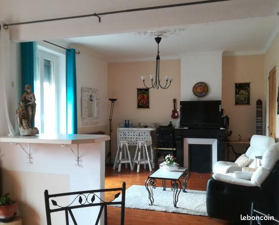 Appartement Lumineux 100 m² avec GARAGE & EXTÉRIEUR, (+ cave, Grenier, etc.)
