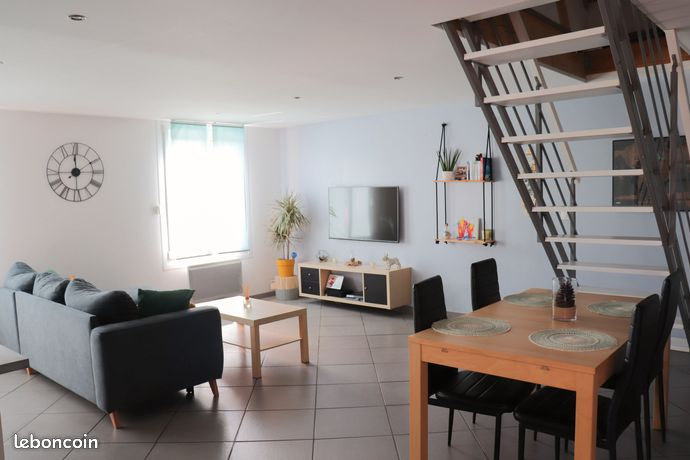Appartement 3 pièces 58 m² loi Carrez sans charges de copropriété