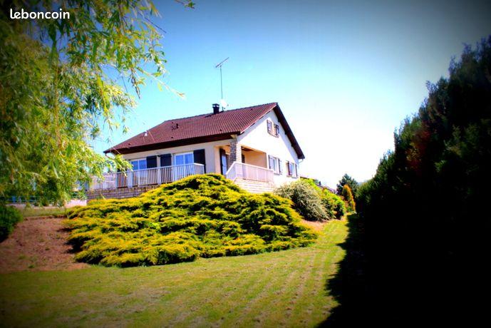 Maison d' architecte proche Charmes