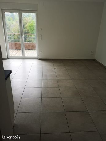 Location F2 39 m²
