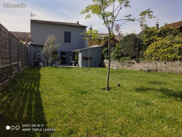 Maison t4 jardin garage
