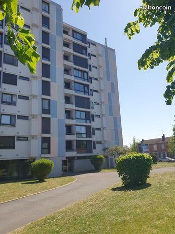 Proche centre appartement refait a neuf