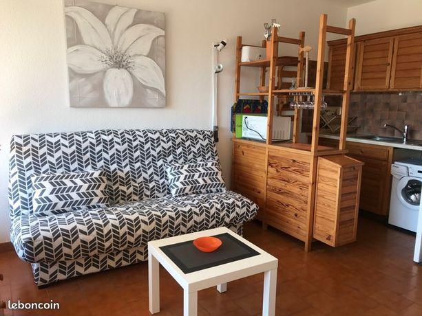 Studio meublé 2/4 pers., terrasse 14m2 plein sud sans vis-à-vis, barbecue, piscine