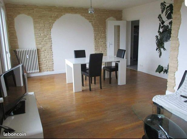 Appartement F3 70 m2 très lumineux