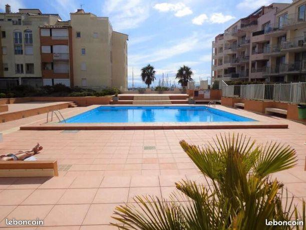 Studio 4 pers- piscine, proche mer, centre port