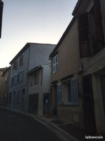 Maison de village avec terrasse au calme