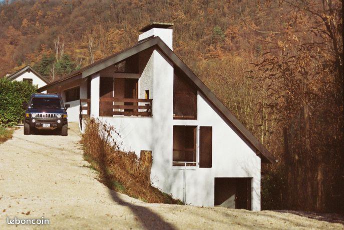 2 maisons individuelles sur terrain de 3500 m2 à 7 km de Grenoble