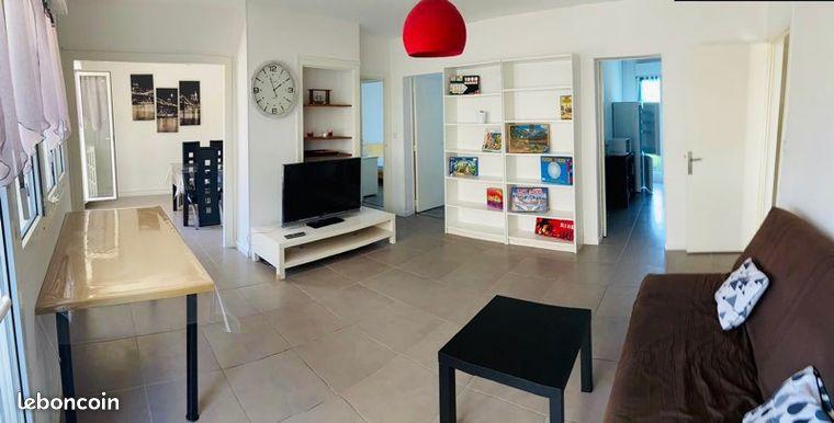 Grand Appartement 79m² avec parking et petit balcon Centre-ville