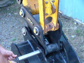 Mini Hitch Coupler for Mini Excavators AMUL-MiniHitch