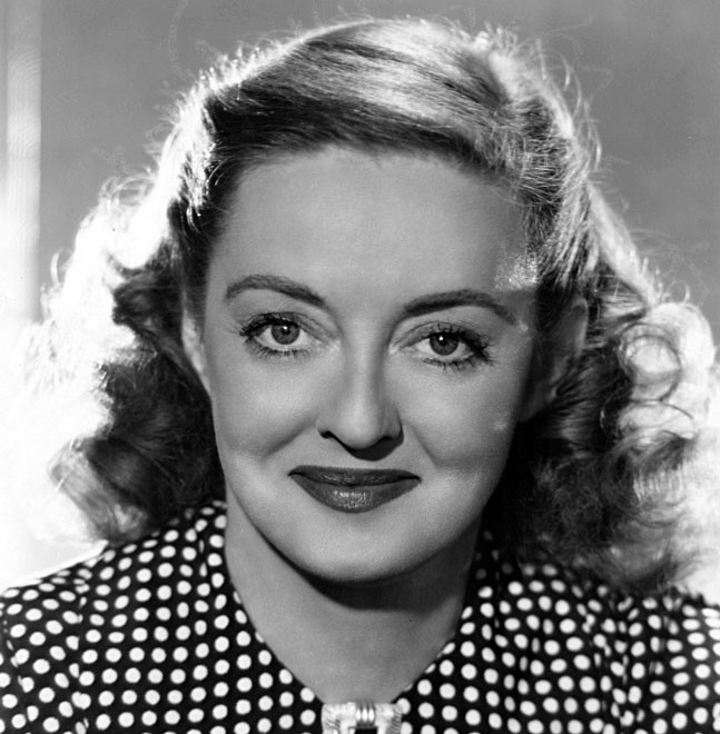 Bette Davis: A Formidable Presence