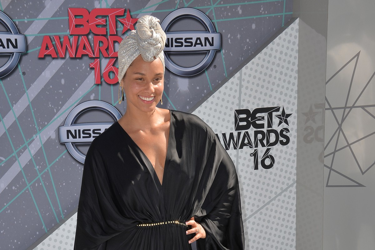Alicia Keys: Raised with the Keys to Success
