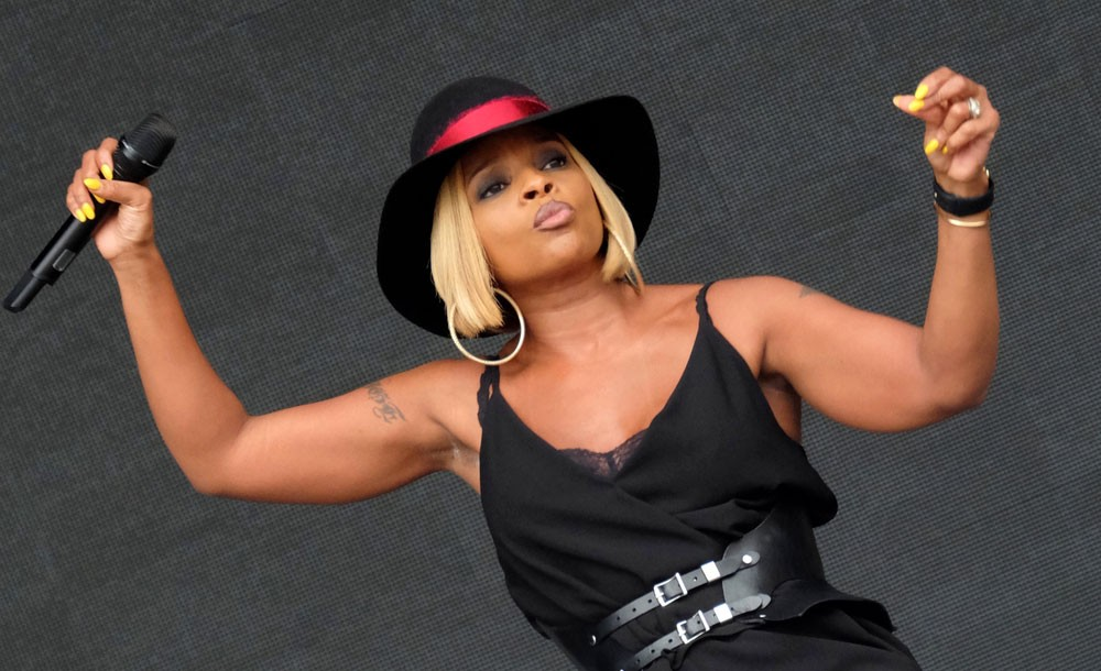 Mary J. Blige: A Powerful and Empowering Soul