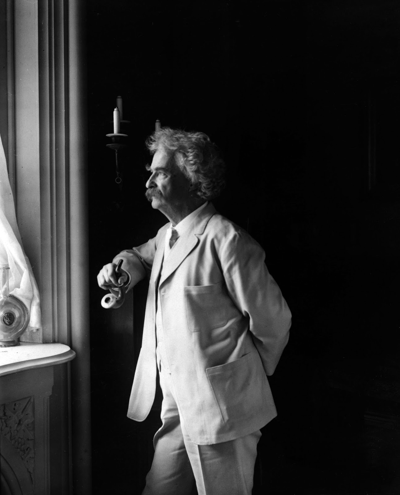 Mark Twain: Raised in a House of Fun