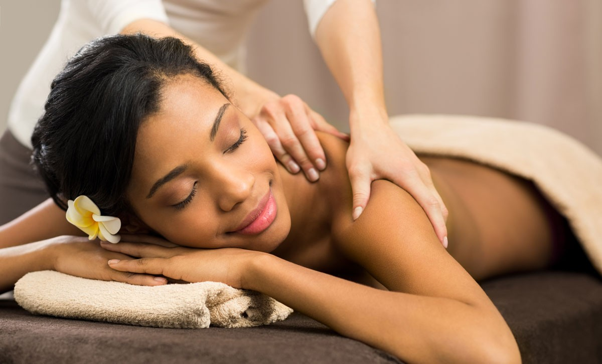 Why Solo Moms Need Massage