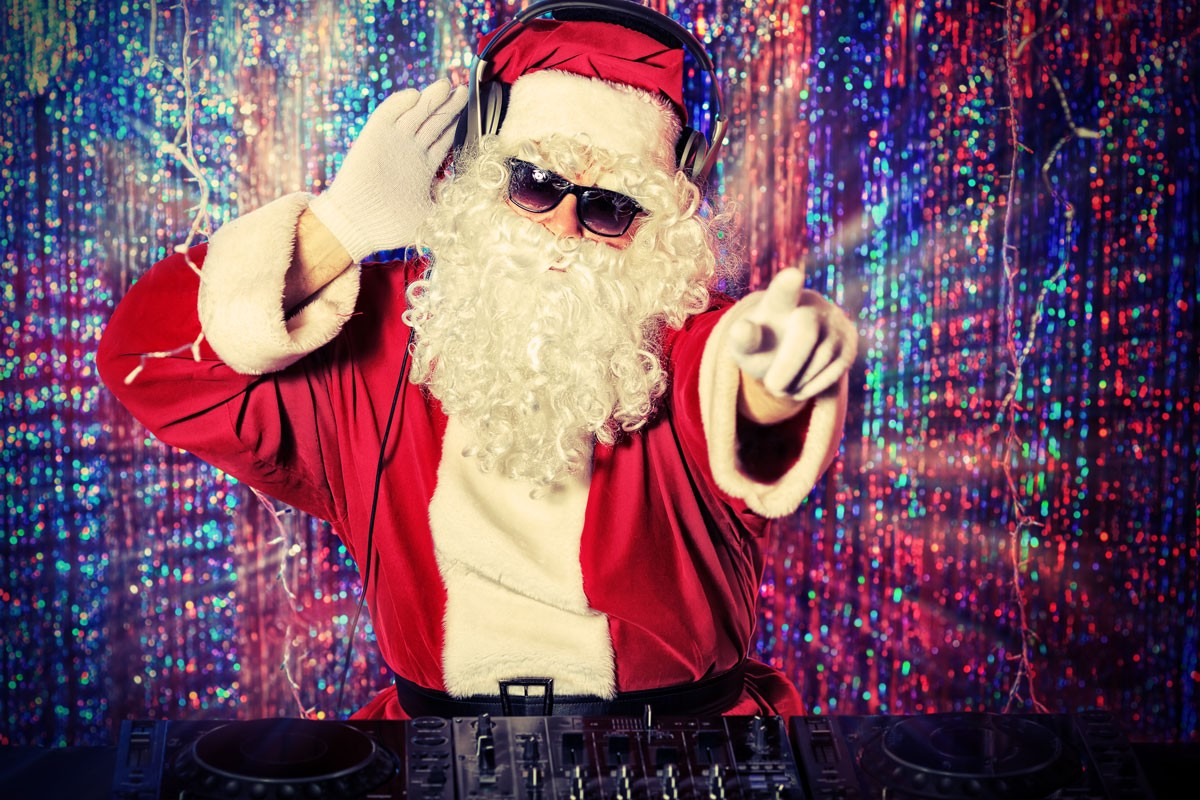 An LGBTQ Guide to Holiday Music