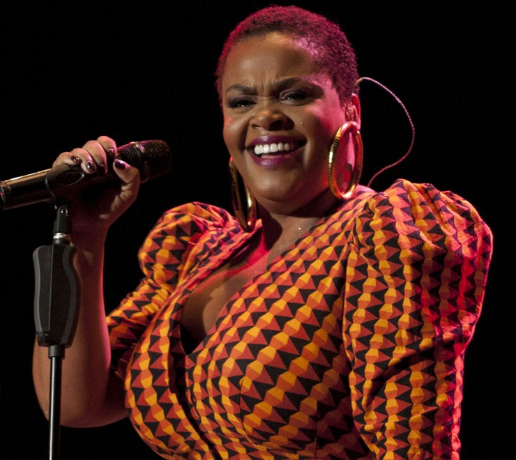 Jill Scott: Biting Her Tongue and Speaking the Truth