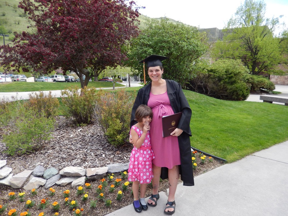 A Solo Mom Earns Her Degree