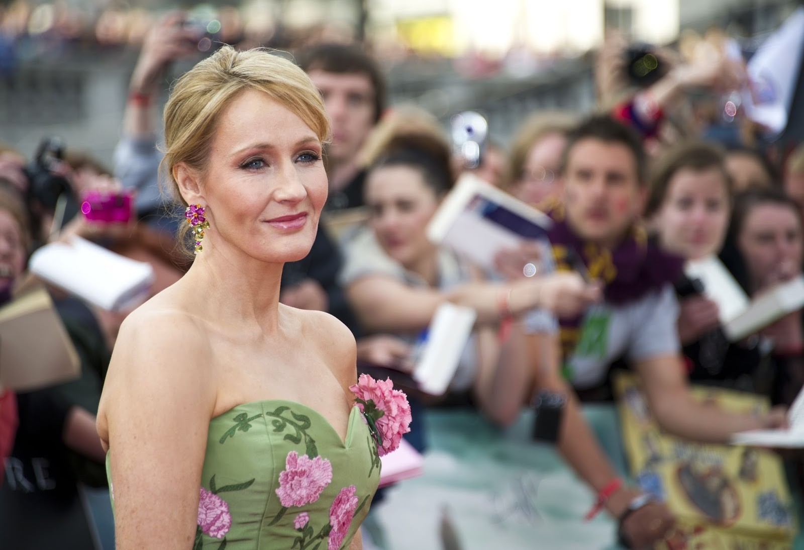 J.K. Rowling: Britain's Most Famous Solo Mom