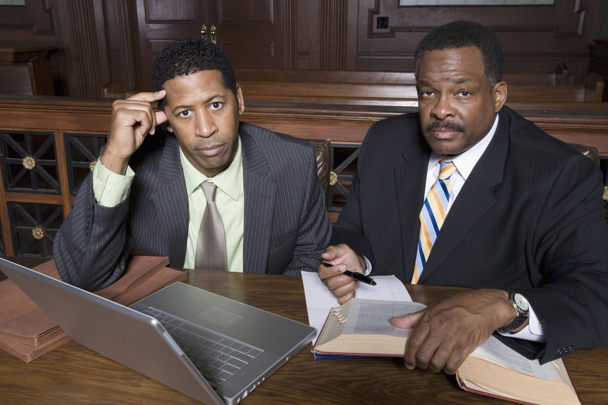 How to Hire or Fire Your Attorney