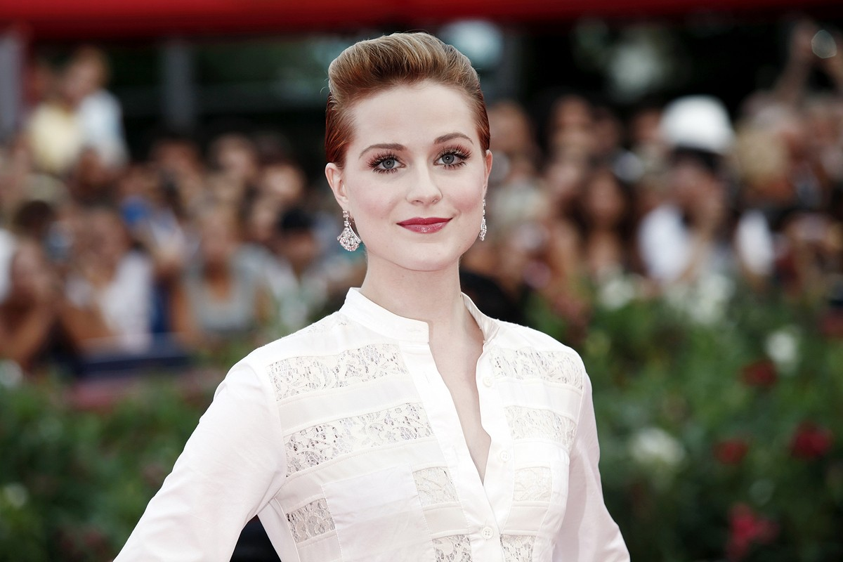 Evan Rachel Wood: A Powerful Story to Tell