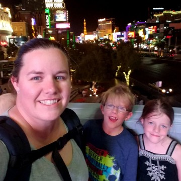 Rebecca Alwine takes a selfie with her children in Las Vegas—ESME.com