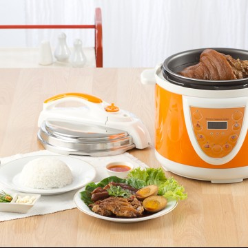 Pressure cooker in a kitchen setting—ESME.com