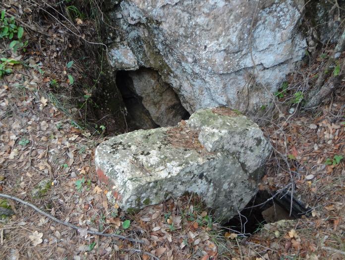 foto Cova de les Dues Boques