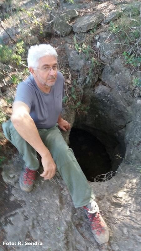 foto Cova del Manou