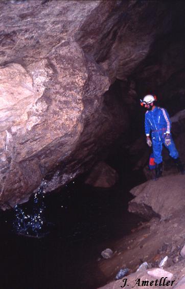 foto Cova Savarneda