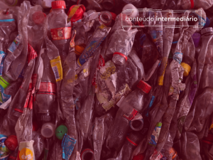 Ciclo de vida do plástico: da criação à reciclagem