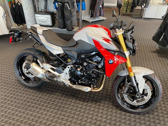 2021 BMW F900R
