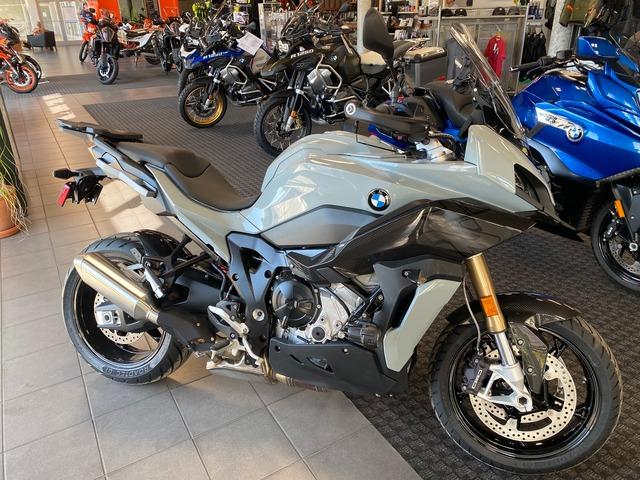 2021 BMW S1000XR