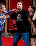Vă invităm la teatru: Menage a trois după Neil Simon / cu: Ioan Isaiu, Sorin Misirianțu, Anca Lăcusteanu