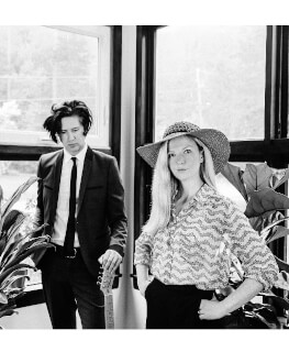 Still Corners (UK) live
