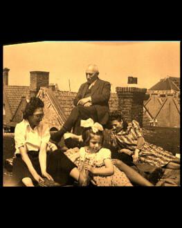 Vârtejul: o cronică de familie / The Maelstrom: A Family Chronicle One World Romania 2019